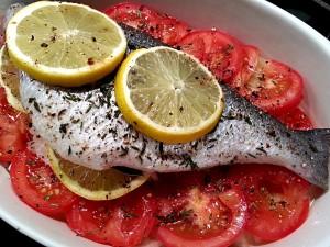 Dorade au four.  <p>La dorade est un poisson fin et goûteux qui aime la simplicité d'une cuisson au four.</p>