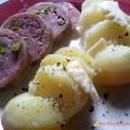 Saucisson à cuire pistaché et pommes de terre