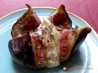Figues rôties au chèvre miel et thym.  <p>La figue nous emmène doucement vers l'automne dans une très jolie recette, simple et pleine de saveurs.</p>