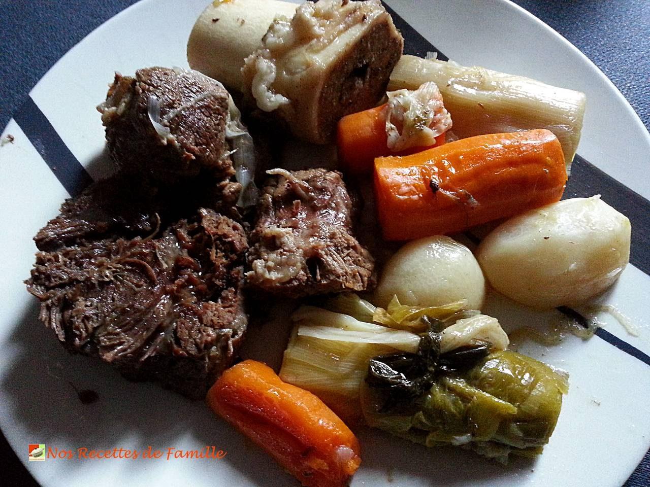 Pot au feu traditionnel nos recettes de famille for Plat unique convivial