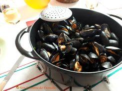 Moules marinières - Les moules marinières vous régaleront par leur fraîcheur, leur simplicité et leur délicatesse.