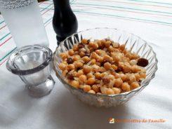 Salade de pois chiches et raisins secs